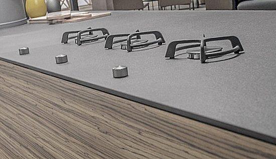 interior-piezas-especiales-porcelanico-soluciones-ditail-sobre-cocina-inalco