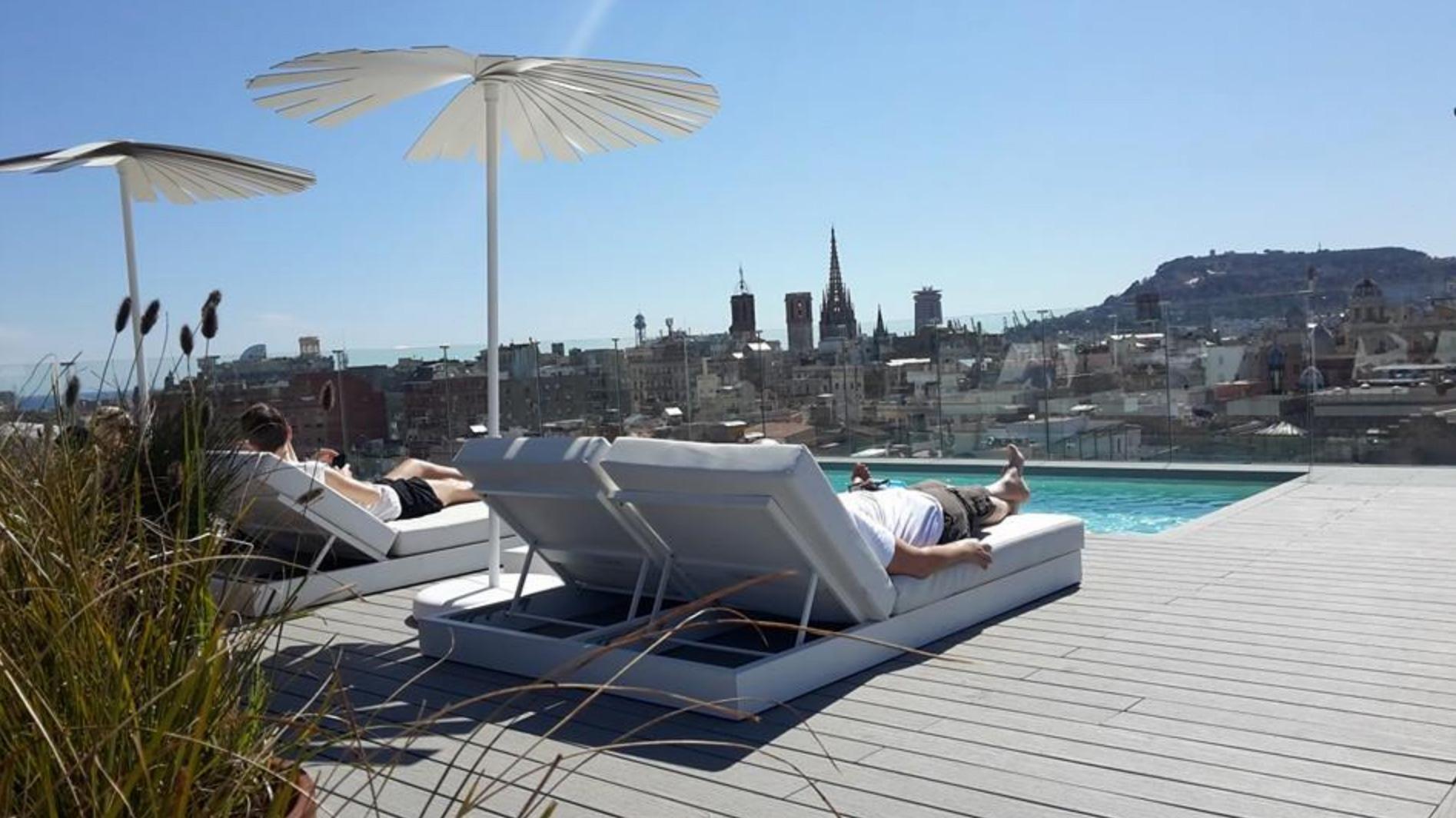 Terrazas de vacaciones en barcelona for Terrazas de hoteles en barcelona