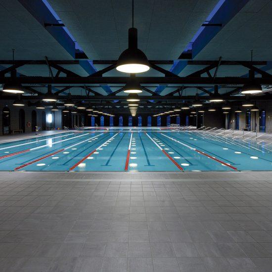 Piezas especiales piscinas Exterior La-Alhondiga-Bilbao-01