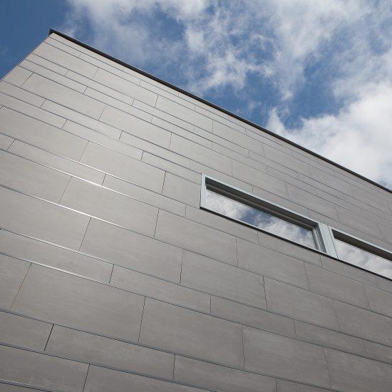 Porcelanico-Fachada-Encolado-Soluciones Ditail-Brede-School-Westerkoog-Koog-aan-de-Zaan-03