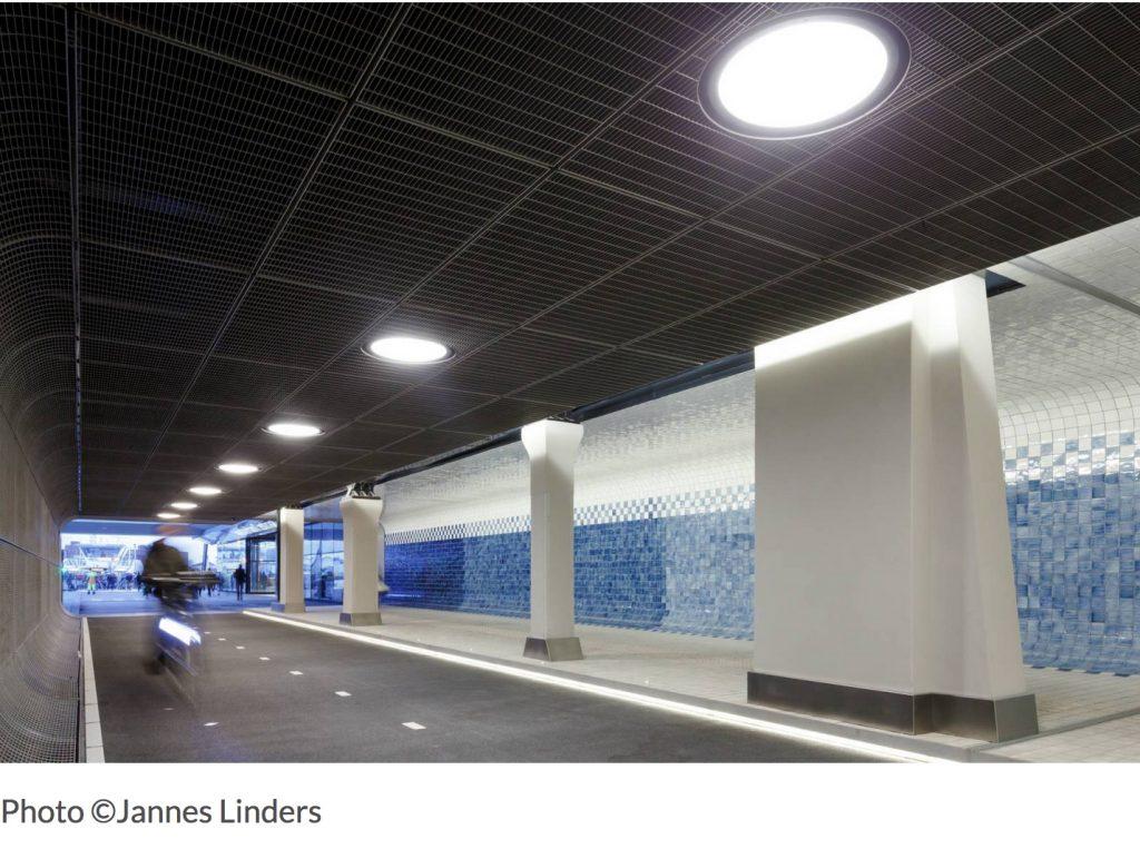ditail-ceramica-pavimiento-el-tunel-cuyperspassage1