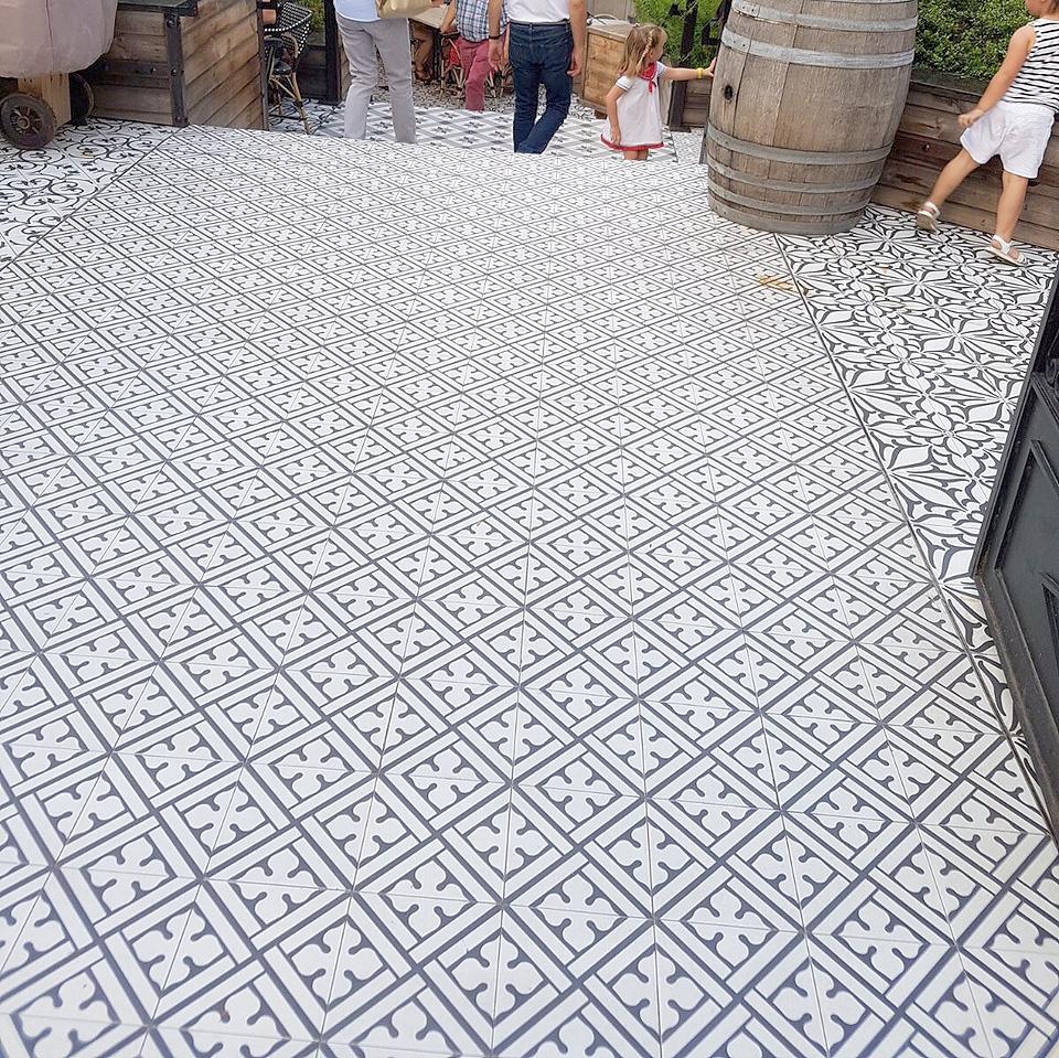 ditail-pavimento-soluciones-antideslizante-wine-fandango-img_0149