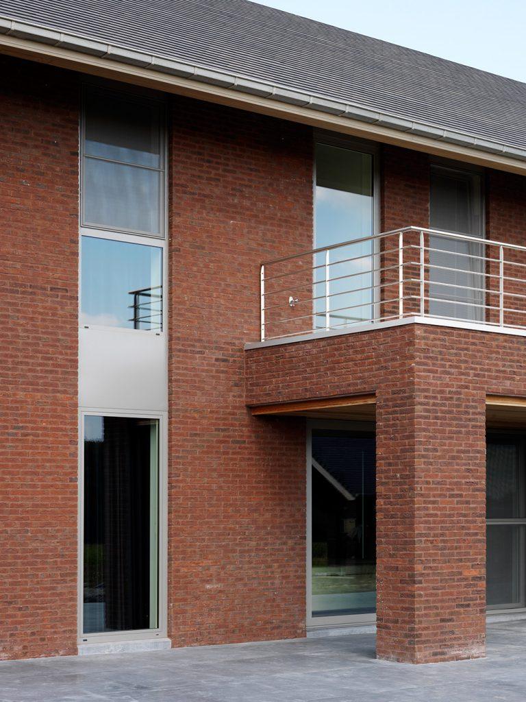 ditail-soluciones-wienerberger-ref_ter_classo-blauw-rood-genuanceerd_zillebeke_003_2012_ms