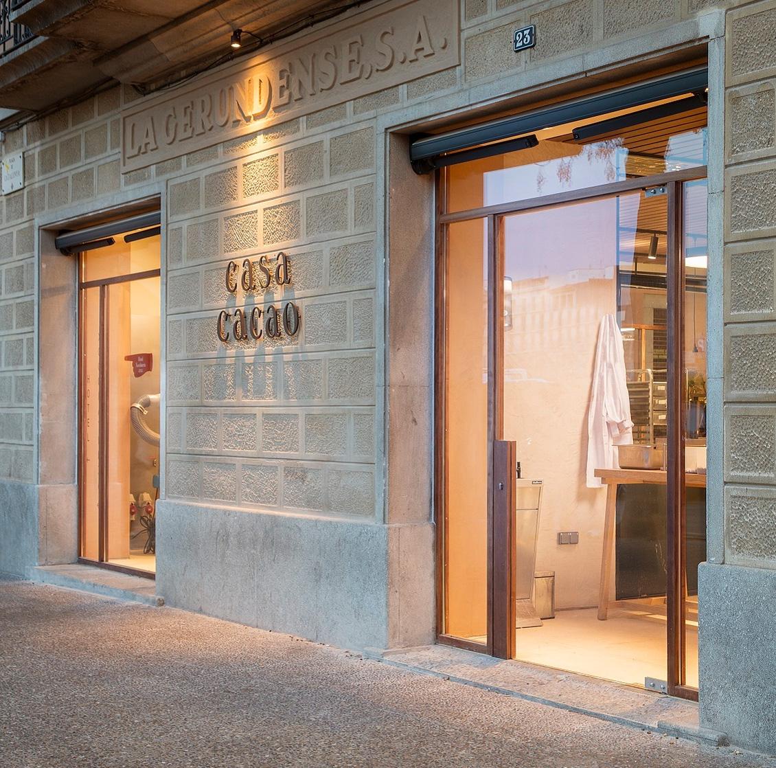 Ditail-ceramica-projecte-Sandra-Tarruella-Casa-Cacao