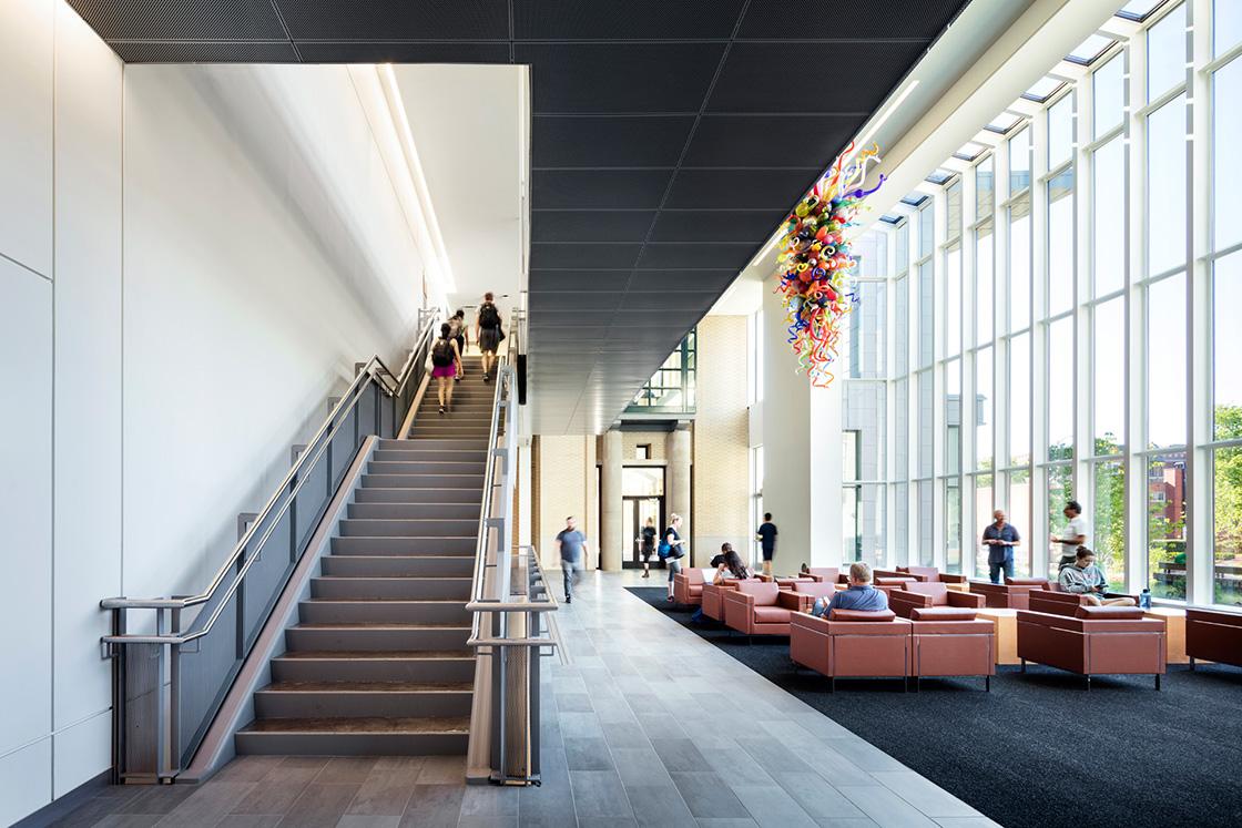 Ditail-material-Terra-Tones-Carnegie-Mellon-Cohon-Center