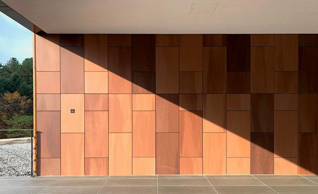 Ditail-materiales-arquitectura-fachadaHanwha-General-Insurance-Training-Institue-Suanbo-03